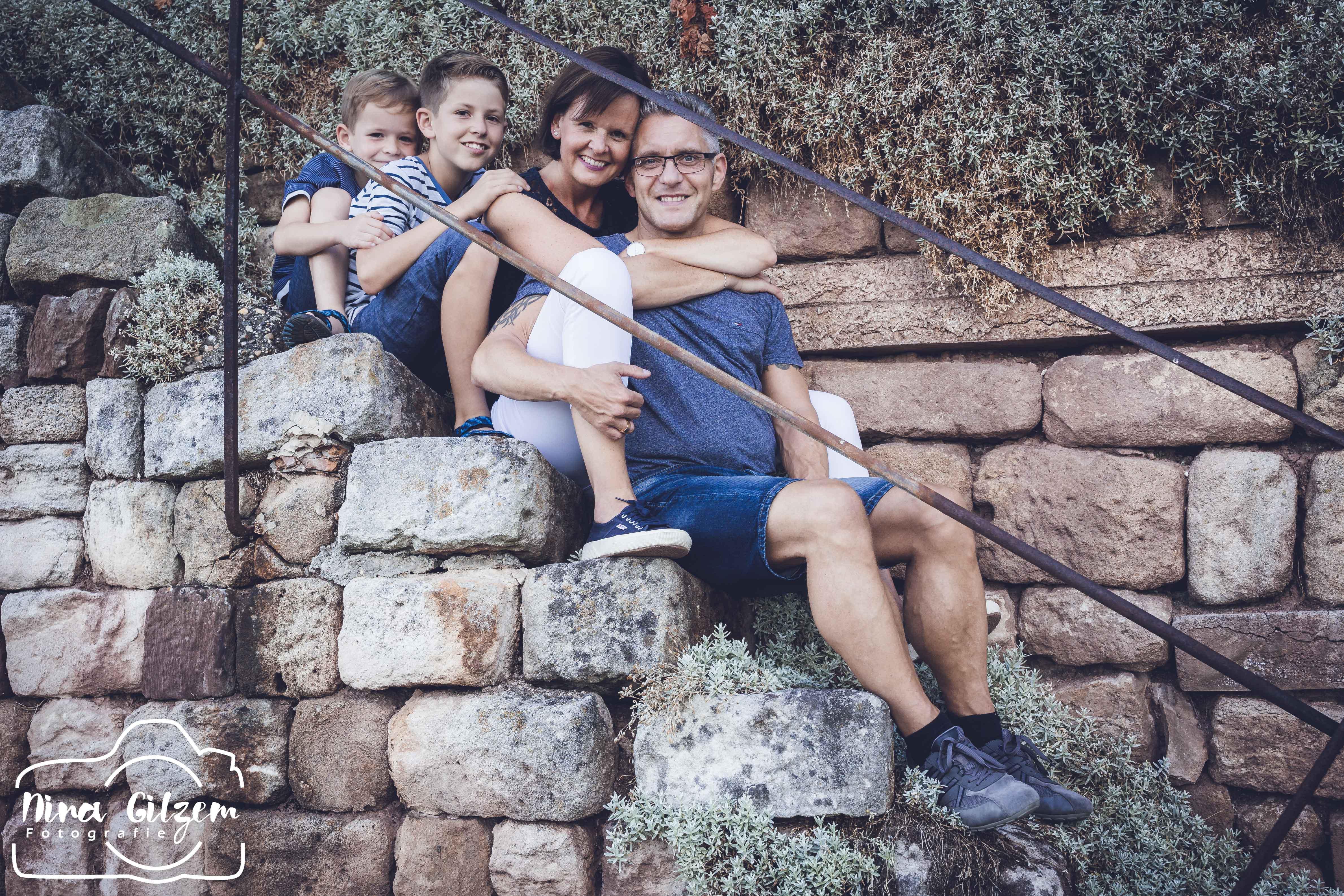 Fotograf Stuttgart: Familienshooting auf dem Weinberg